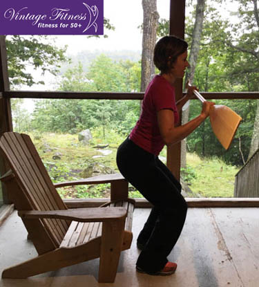 Muskoka chair squat with a paddle